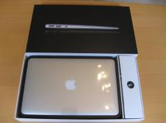 Apple MacBook Air 11 MJVP2B/A